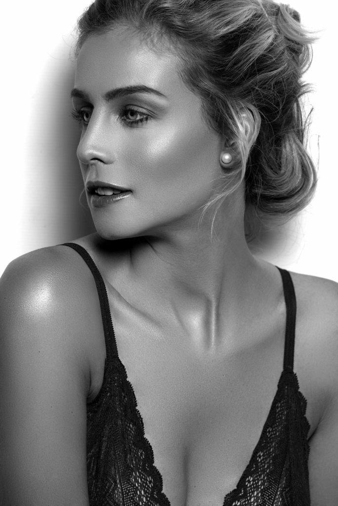 Natural Beauty - makeup by Moonlight Makeup Artist.